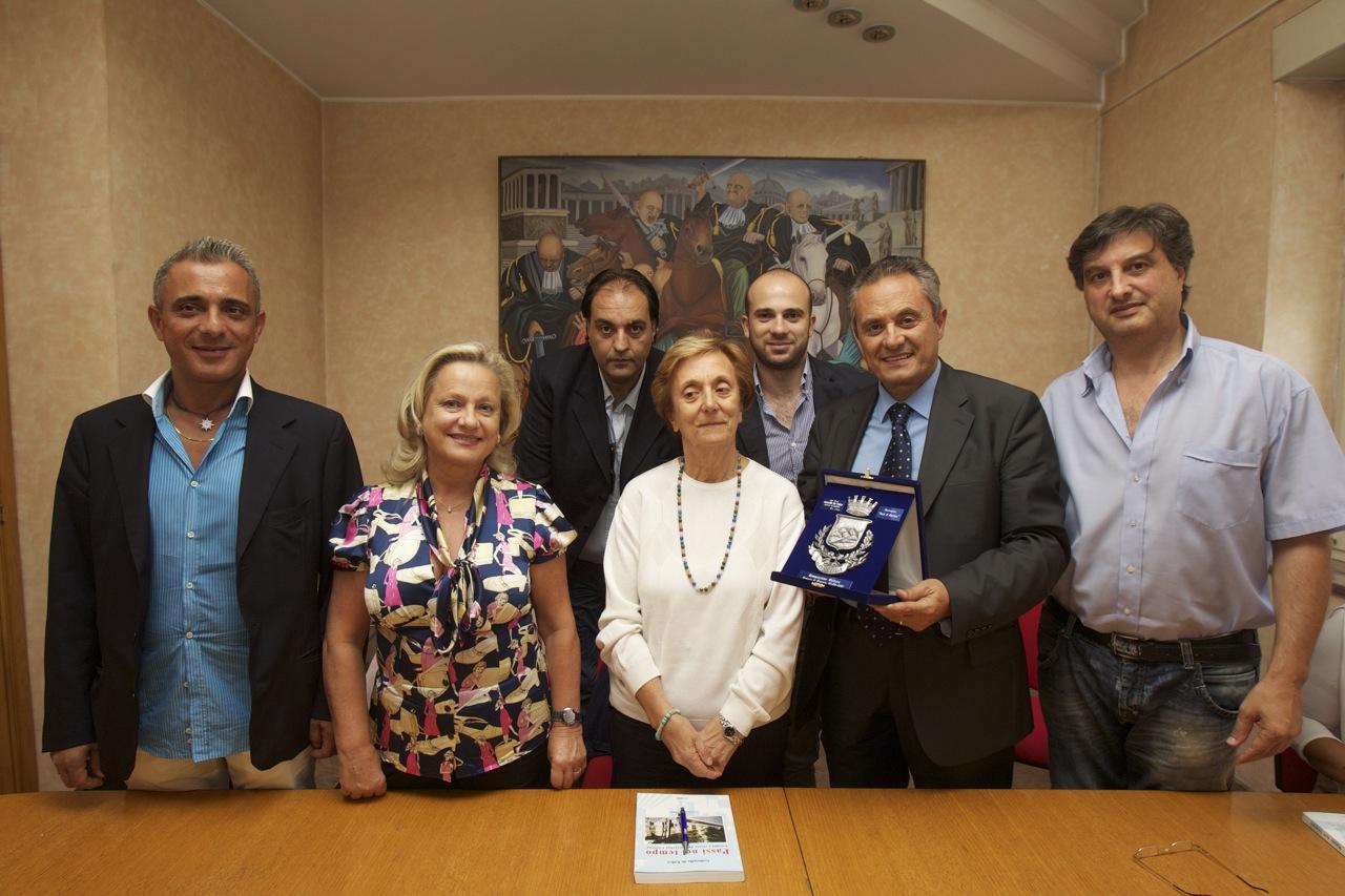foto gabriella de falco in commissione cultura