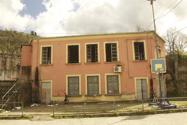 Ufficio Statistica incendiato