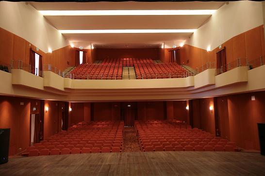 interno teatro