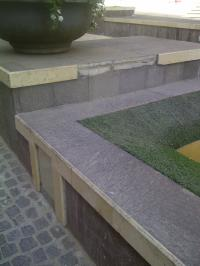 fontana danneggiata