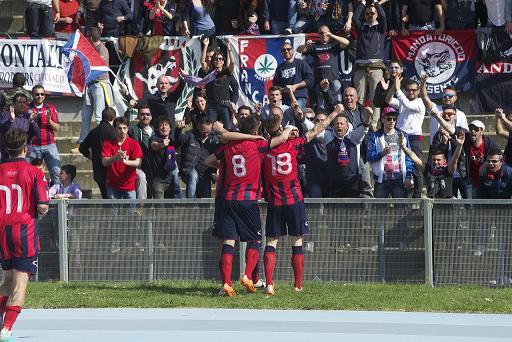 Cosenza Calcio promosso in Prima divisione