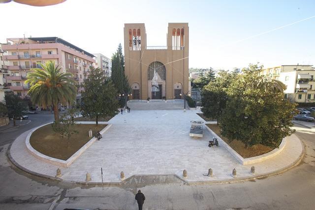 nuova piazza Santa Teresa