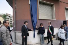 foto intitolazione piazza faustino la verde