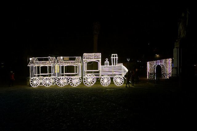 trenino luminoso villaggio elfi