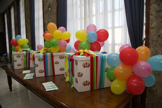 Conferenza stampa Baby Box Scatole di cartone