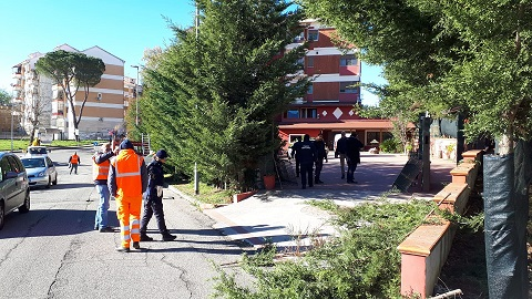 Demolizione manufatto abusivo a Serra Spiga