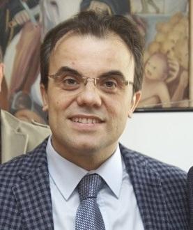 il dirigente Mario Campanella
