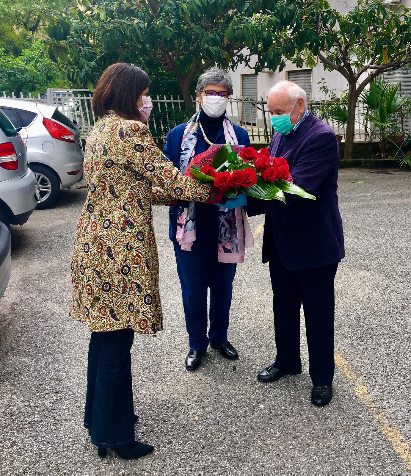 la consegna dei fiori