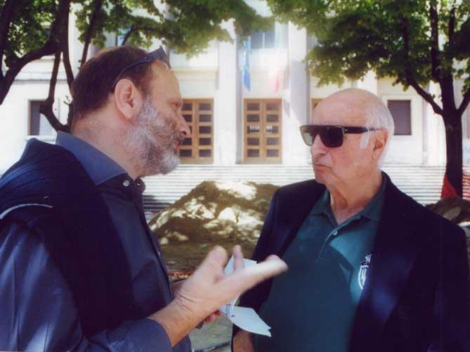 Tonino Sicoli e Mimmo Rotella in Piazza 11 Settemb