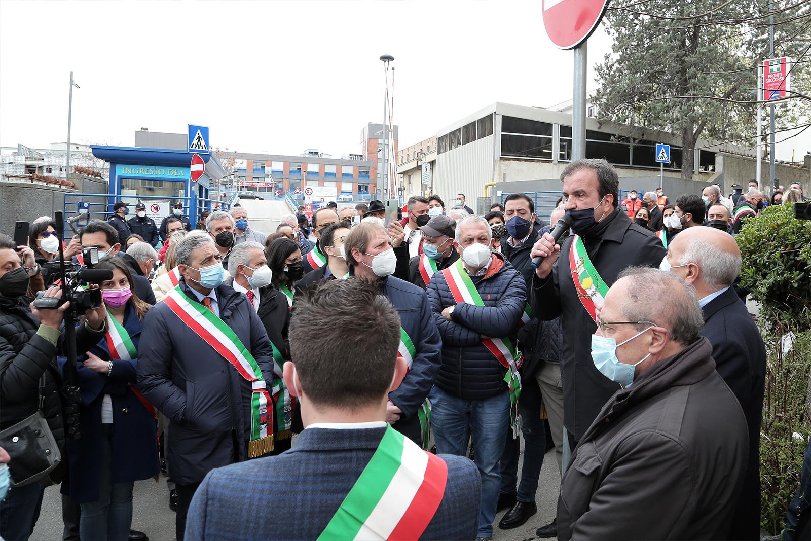 la mobilitazione dei sindaci